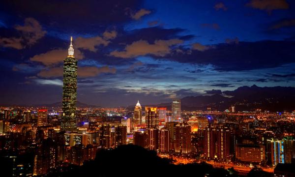 【尊享系列】郑州往返台湾直飞环岛8天7晚跟团游,一价全含 无自费 无小费